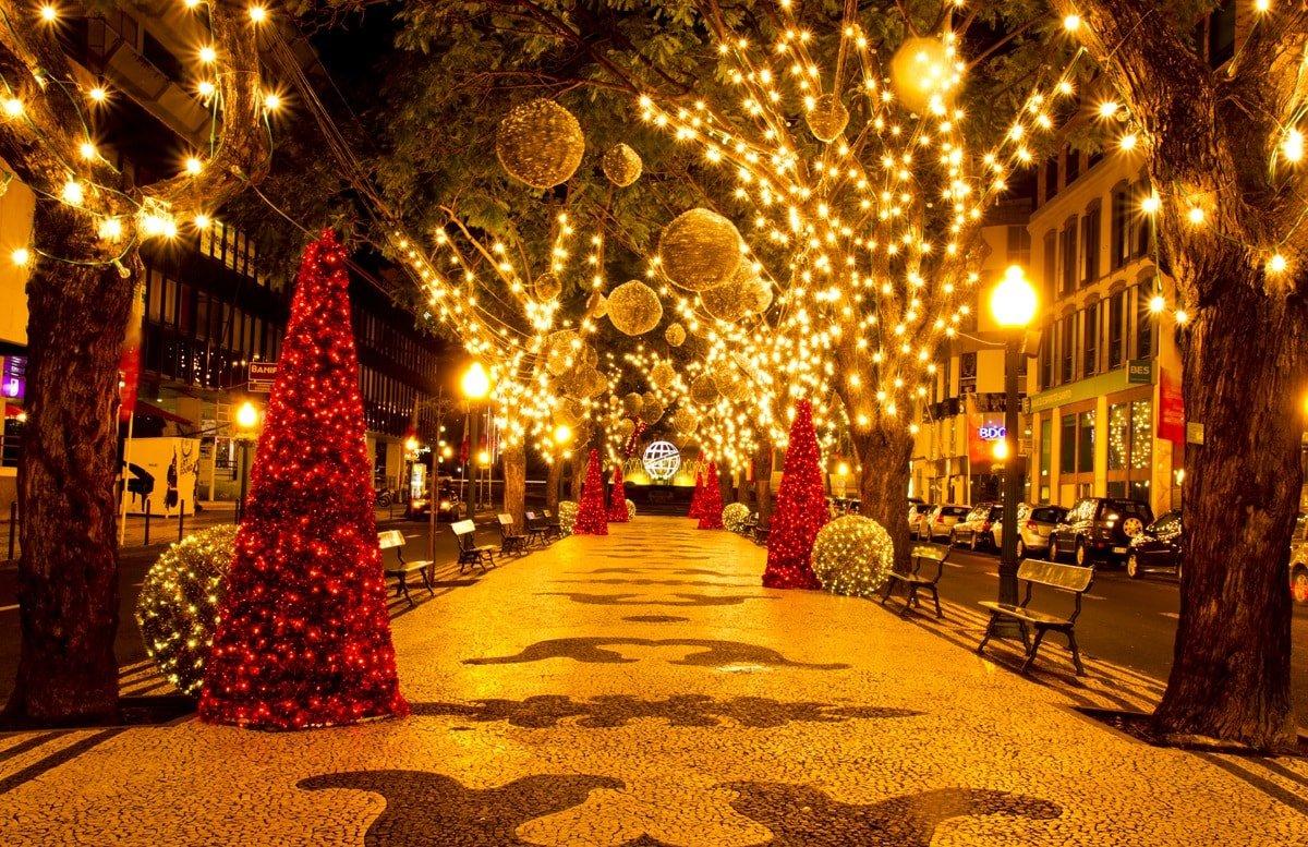 Рождественские ярмарки и рынки в Экс-ан-Провансе и его окрестностях