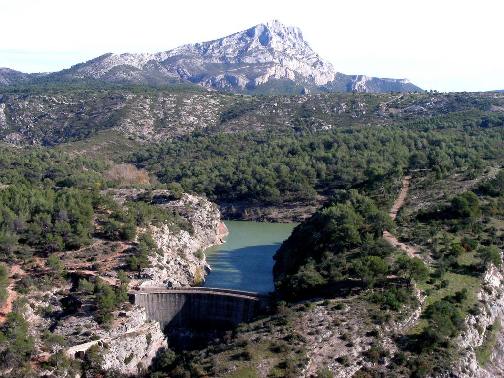 Гора Сен-Виктуар